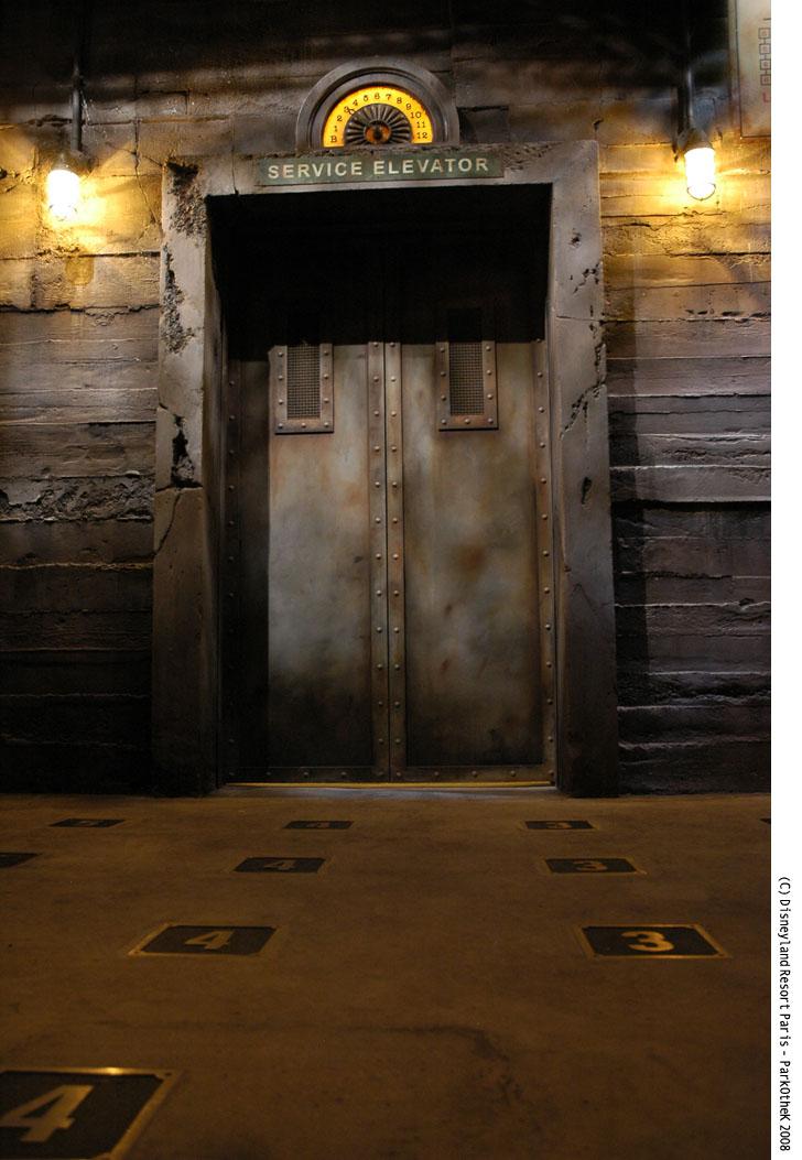 Dimension Ascenseur Hotel : Parkothek dossiers tour de la terreur l ascenseur n